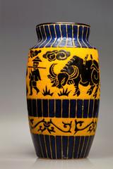 ceramic vase with Chinese motifs