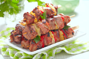 Grilled kebab with pepper and pineapple