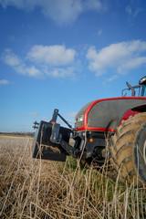 Landtechnik, Vorderteil eines Traktors mit Frontgewicht