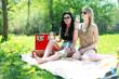 Freundinnen haben Fun im Sommer