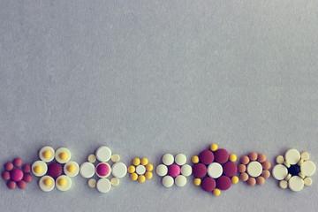 Фон с узором из таблеток
