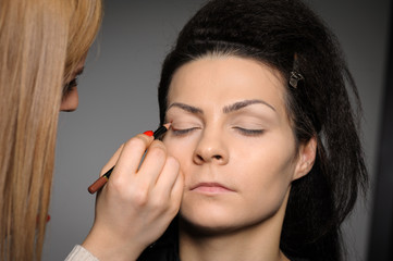 Applying perfect makeup