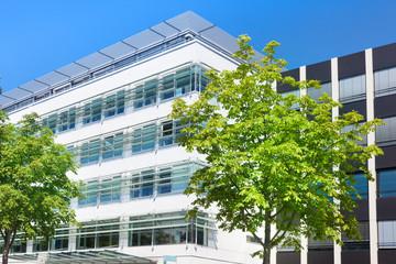 Bürogebäude in Deutschland - modernes Gebäude