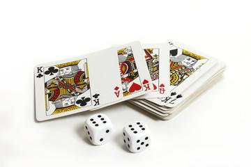 Spielkarten mit Würfel