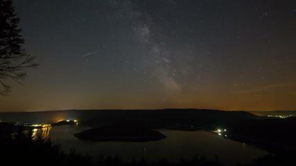 Milkyway Over Lake Timelapse