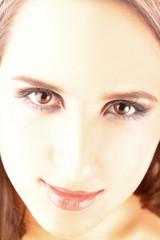 Schönheit mit braunen Augen
