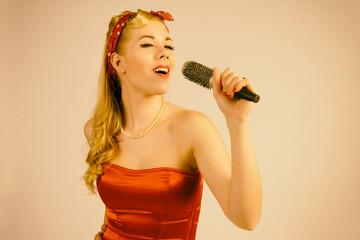 singende Frau