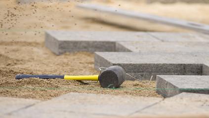 Rubber haer for paving stone