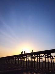 早朝の流れ橋
