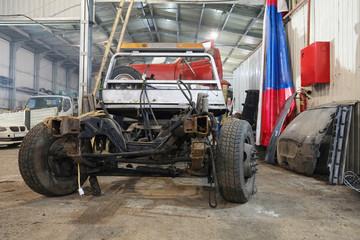 Repair garage disassembled the car