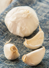 garlic on blue napkin