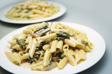 pasta with spinach and walnuts