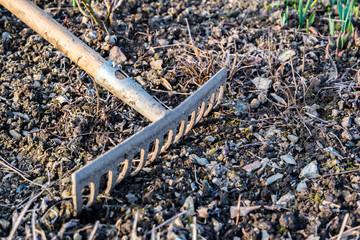 Gartenarbeit im Frühjahr03