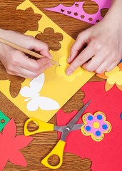 Woman who create shapes and designs for children