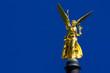 Leinwanddruck Bild - Friedensengel glänzt im blauen Münchner Himmel