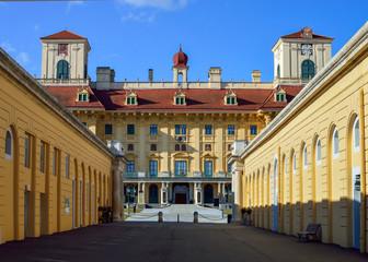 Schloss Esterzazy und Stallung in Eisenstadt