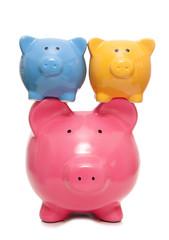 balancing your finances piggy banks
