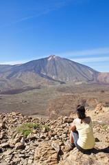 Spanien, Kanarische Inseln, Teneriffa, Roques de Garcia, Teide Nationalpark Teide, Wanderer in die Caldera de las Canadas