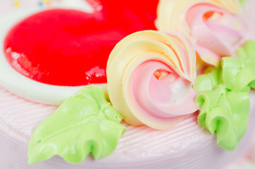 Close up shot(macro) of cake flower and topping heart
