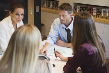 Geschäftsleute in Treffen