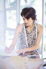 Modedesigner, Zeichnung auf Papier
