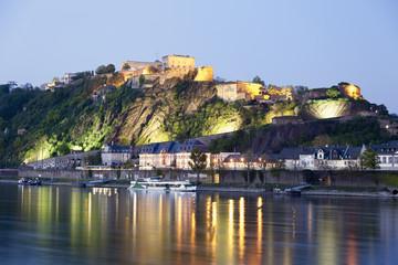 Koblenz, Festung Ehrenbreitstein im Abendlicht mit Fluss Rhein