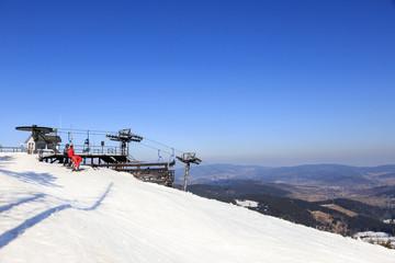 Zima na Czarnej Górze w Stroniu Śląskim, masyw Snieżnika