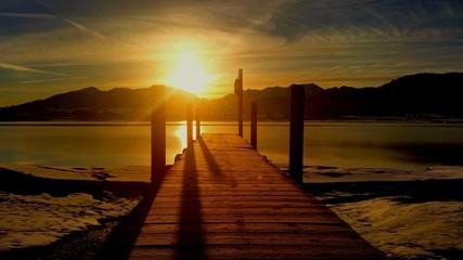 Sonnenaufgang am Steg