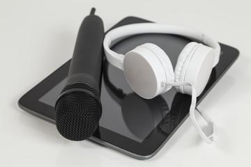 mikrofon, kopfhörer, tablet