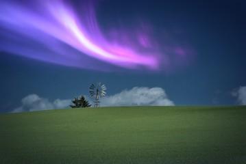 Paesaggio con aurora boreale