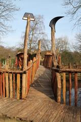 Ein Holzsteg für Kinder