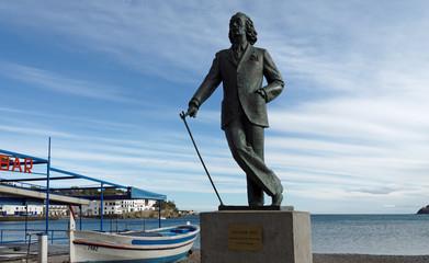 Cadaquès statue Dali