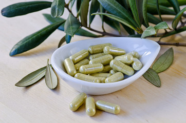 Olive leaf extract in capsules. Dietary Supplements.