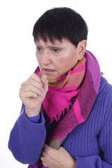 Ältere Frau mit Husten isoliert