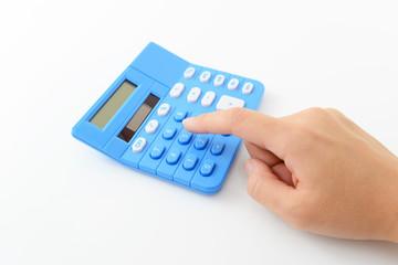 計算機を操作する手