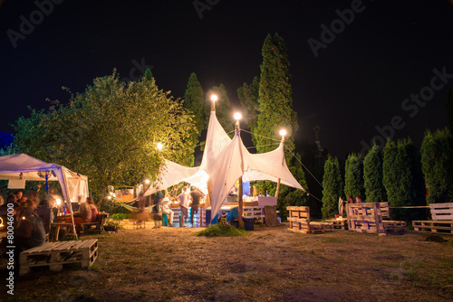 tent cafe - 80046000
