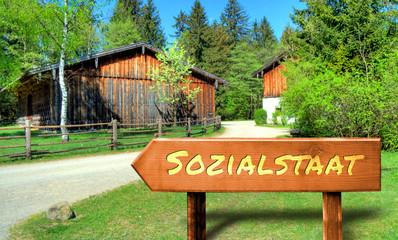 Strassenschild 32 - Sozialstaat