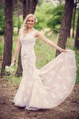 bride dress shows