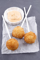 mashed potato pops and spicy mayonnaise