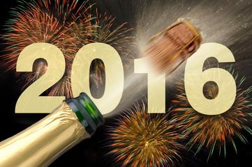 Neujahr und Silvester 2016 mit Feuerwerk und Champagner
