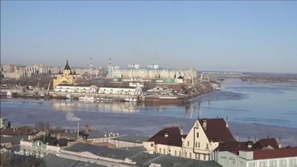 Cathedral Saint  Alexander Nevsky and the river Oka