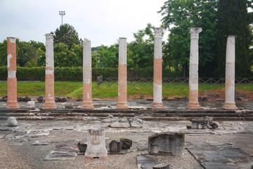 aquileia foro romano città antica origine romana