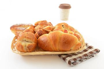 温かい珈琲とパン