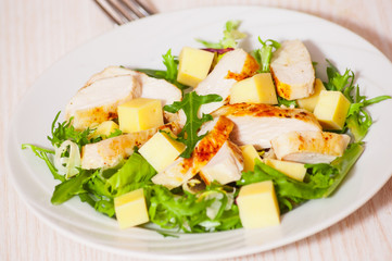 salad with chicken breast and cheese