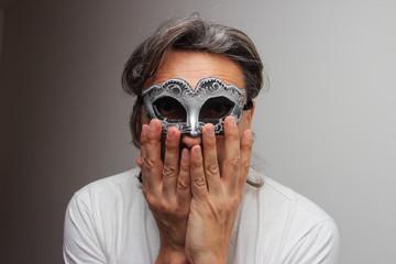 anonimous  masquerade