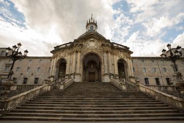 Escalinata del Santuario de Loyola