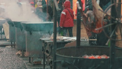 Cooking food on the open air