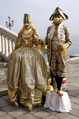 Person in typical Venetian costume, mask of Carnival