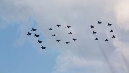 Aerobatic group Strizhi makes number hundred at air show