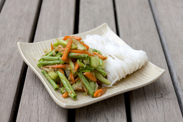 Cucumber salad with noodle